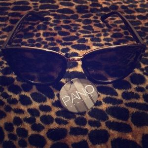 Black Sunglasses with Gold Detail